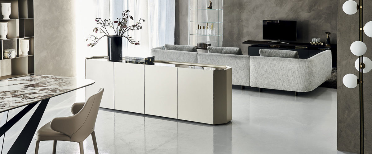 Sideboards / Consoles